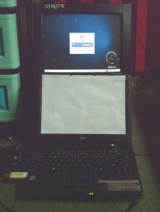 Laptop dan Monitor 2
