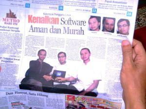 Padang Ekspress, Sabtu 22 Oktober 2011